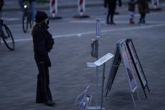 """Installation """"Broken"""" - von Dennis Josef Meseg - Standort  Bielefeld Rathausplatz"""