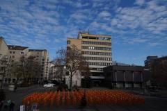 """Installation """"Broken"""" - von Dennis Josef Meseg - Standort  Wesseling Rathaus"""