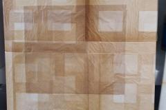 Irgendwo auf der Welt Frau Hesse - Pergament auf Leinwand 30x40cm