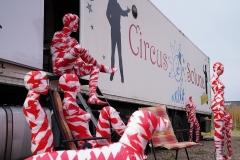 "Corona Kunst - Installation ""It is like it is"" - Corona-Mahnmal Dennis Josef Meseg - Kamen Circus Soluna Zirkus"
