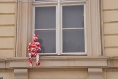 """Installation """"It is like it is"""" - von Dennis Josef Meseg - Berlin Alexanderplatz Neptunbrunnen"""