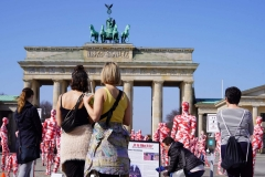 """Installation """"It is like it is"""" - von Dennis Josef Meseg - Berlin Brandenburger Tor"""