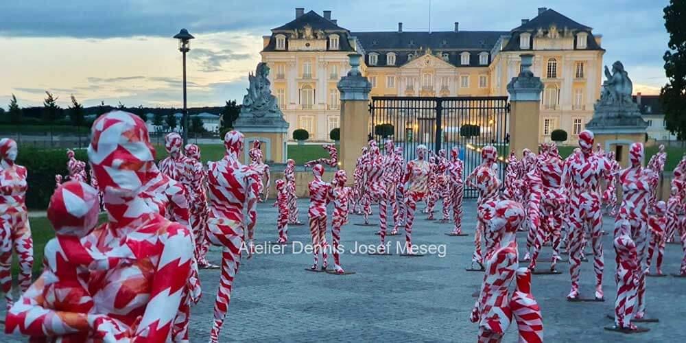 """Installation """"It is like it is"""" - von Dennis Josef Meseg - Standort Brühl Schloss Augustusburg"""