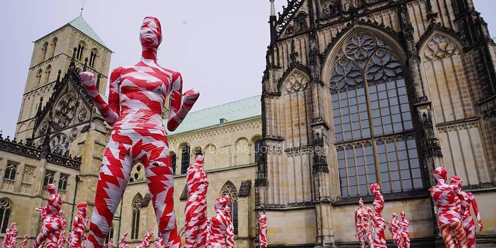 """Installation """"It is like it is"""" - von Dennis Josef Meseg - Standort Münster"""