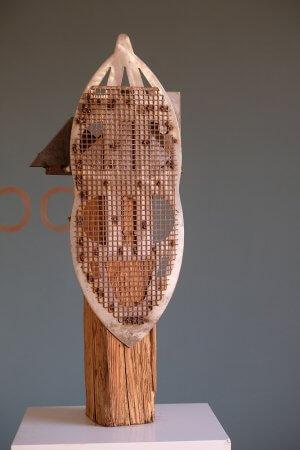 Your Master is calling - Unikat; Holz und Stahl; Höhe: ca. 65 cm; handsigniert - von Dennis Josef Meseg