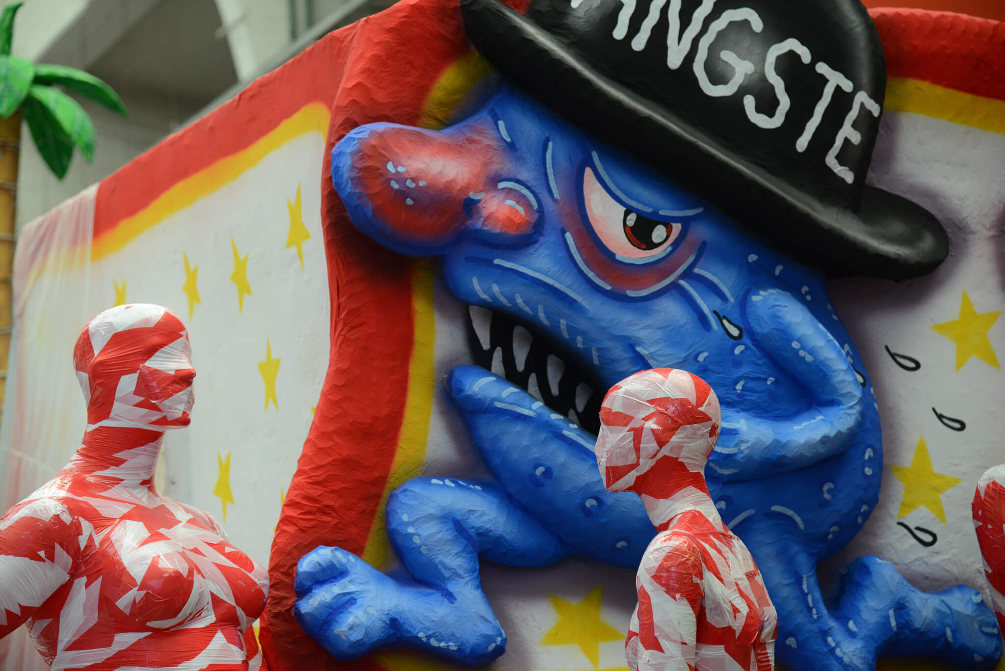 Installation It is like it is Düsseldorf Wagenhalle Karneval