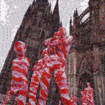 "Mosaik-Foto ""It Is Like It Is"" vor dem Kölner Dom"
