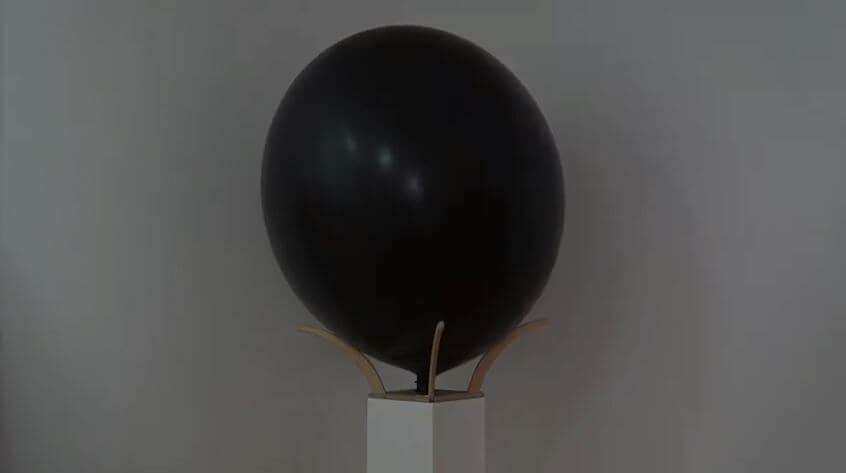 Die Raum-Einnehm-Maschine - 2020 - Dennis Josef Meseg